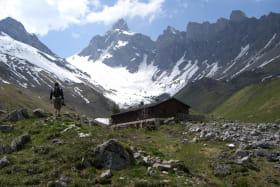 Randonneur au refuge de Doran Pays du Mont Blanc