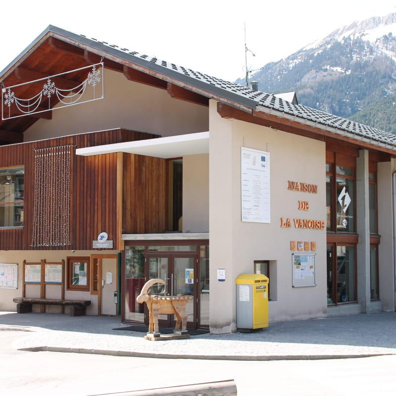 Le bureau d'information touristique dans la maison de la Vanoise