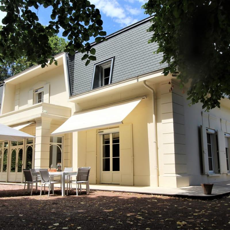 Maison de vacances / meublé City Break 'La Souveraine' à Saint-Genis-Laval (Rhône - banlieue Sud de Lyon)  : la maison.