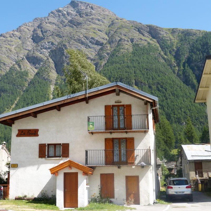 L'appartement est situé au deuxième étage de la maison