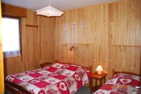 Le Colombier –location vacances - station de ski - Albiez Montrond en Savoie