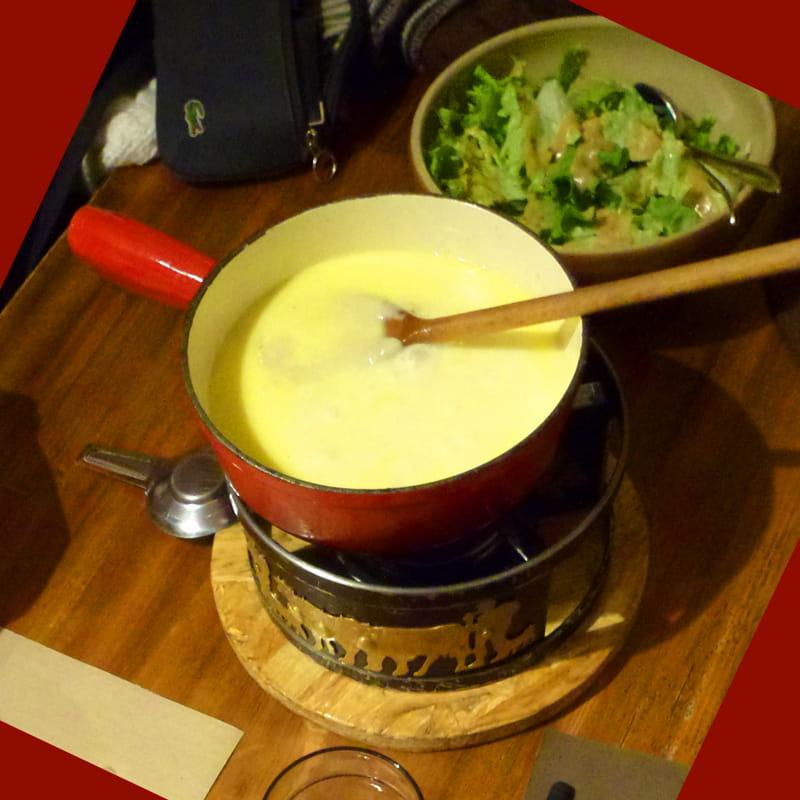 La fondue est chaude, reste plus qu'à déguster