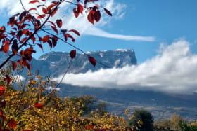 Gîte avec vue sur les montagnes, massif chartreuse, massif des bauges, Savoie 4 personnes