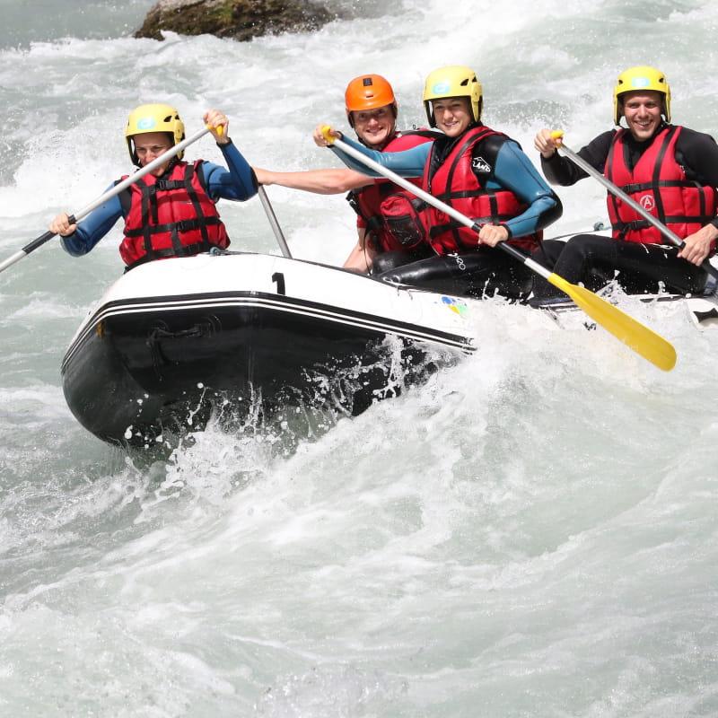 H2O - Descente en rafting Doron