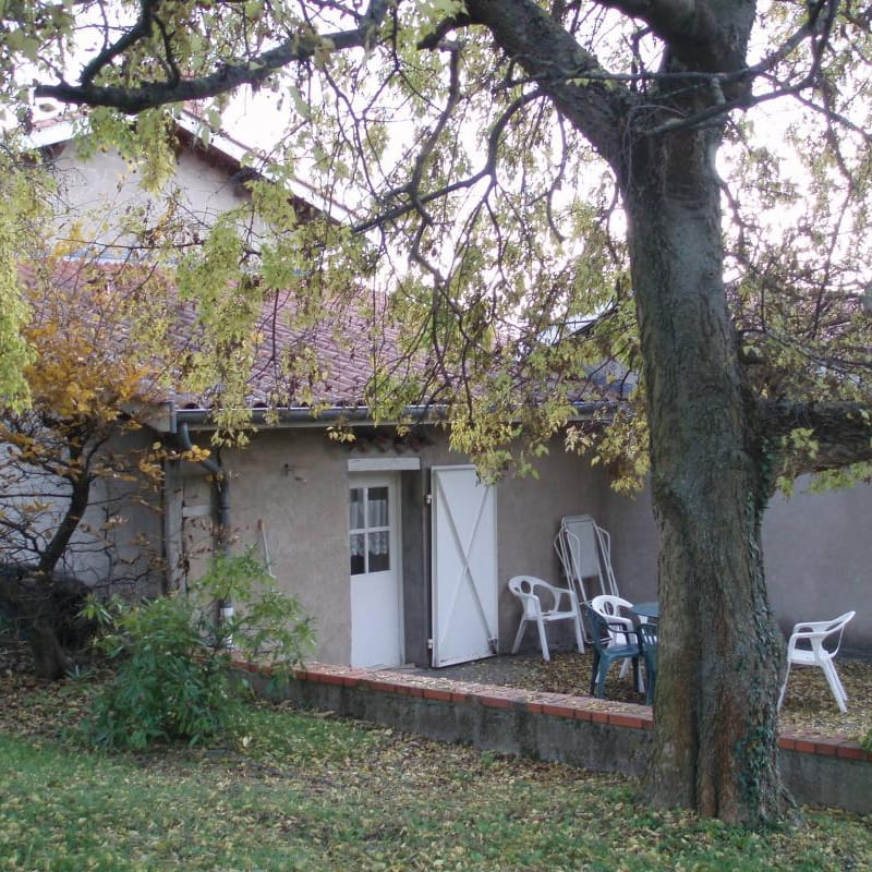 Gîte 'Les Micocouliers' à Saint Loup, Vindry-sur-Turdine (Rhône - Monts du Beaujolais, proche de Tarare).