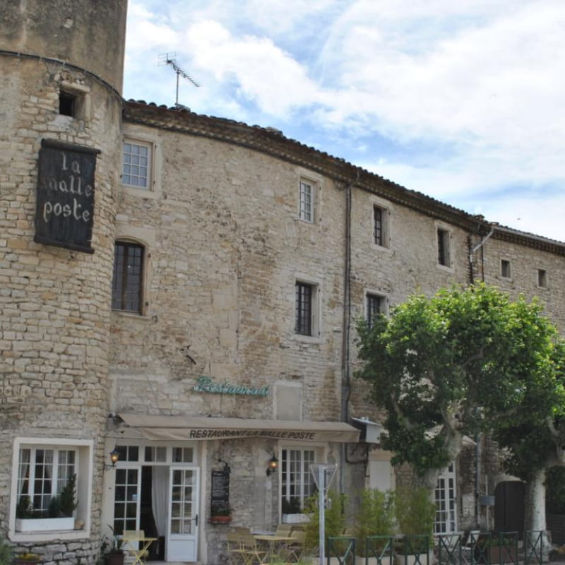 Terrasse - La Malle Poste
