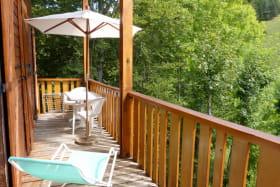 Balcon,salon de jardin,parasol