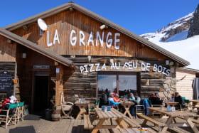Terrasse du restaurant La Grange
