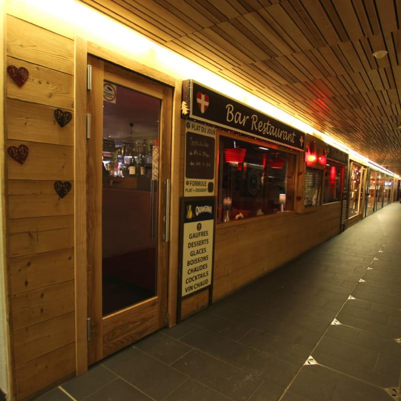 Accès restaurant l'Avalanche depuis la galerie