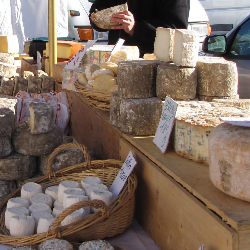 Produits du terroir sur le marché à Albiez