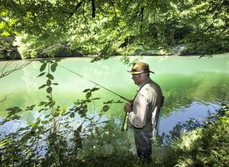 Pêcheur sur la Valserine