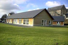 Maison Familiale Rurale Gelles extérieur 1