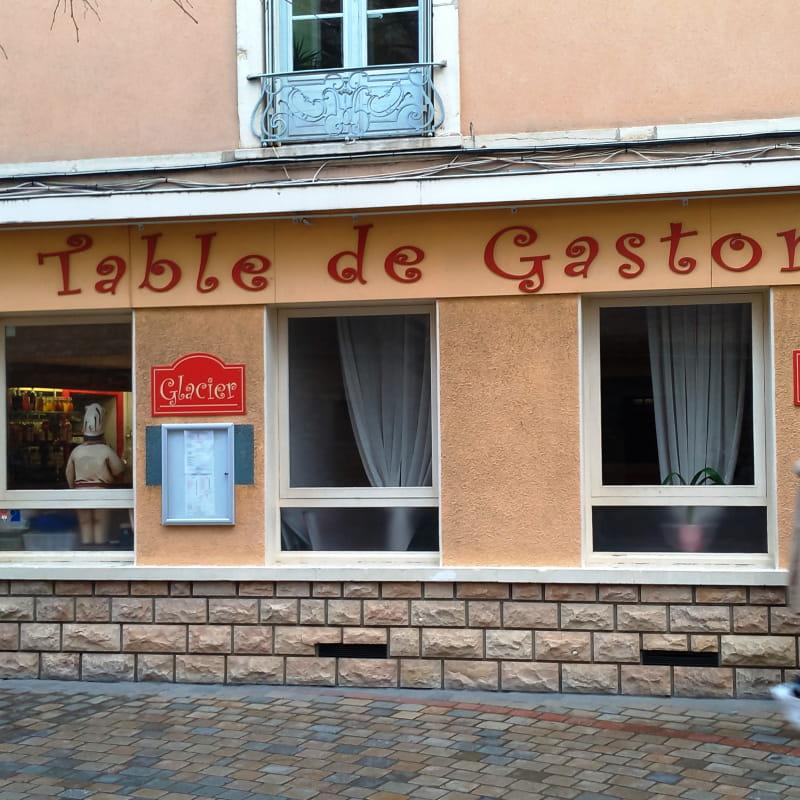 La table de Gaston