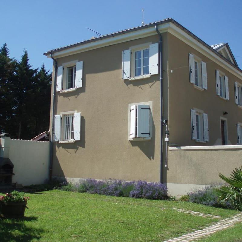 Le Gîte des Bruyères à Arnas (Rhône-Beaujolais).