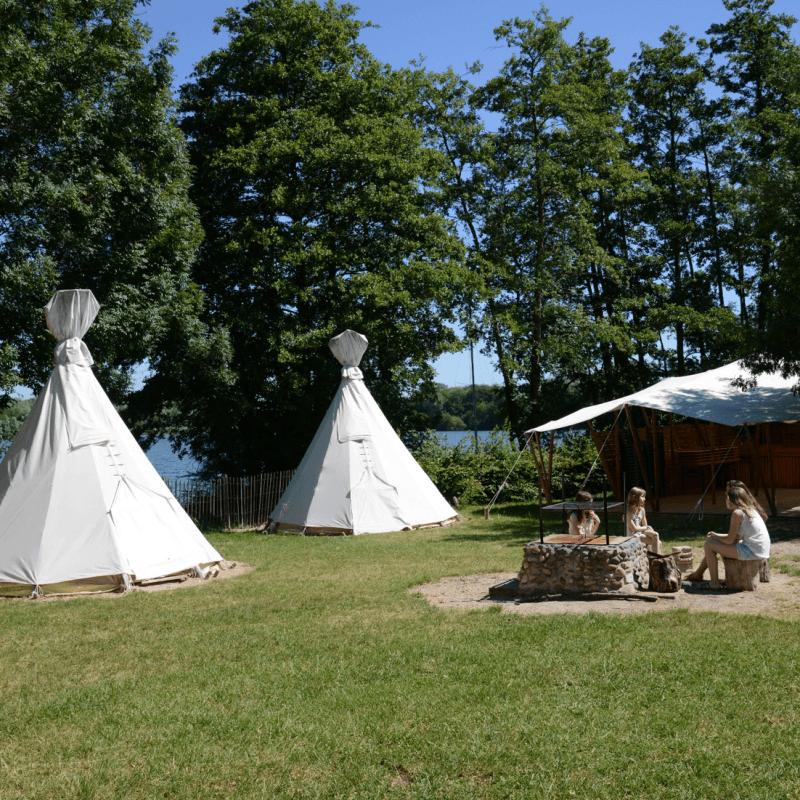 Camp indien à La Plaine Tonique