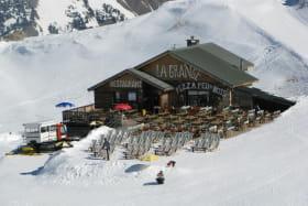 Le restaurant la grange et sa terrasse panoramique