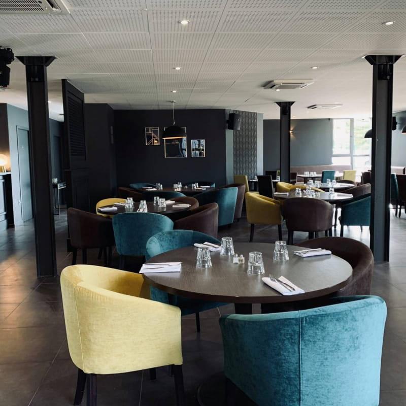 Lyfe Restaurant