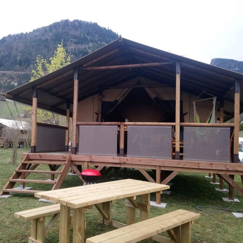 Camping Belle Roche - Lodge Altitude