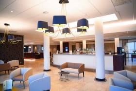 Hôtel Logis Lyon Est