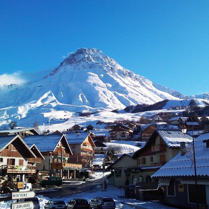 Le mont Emy
