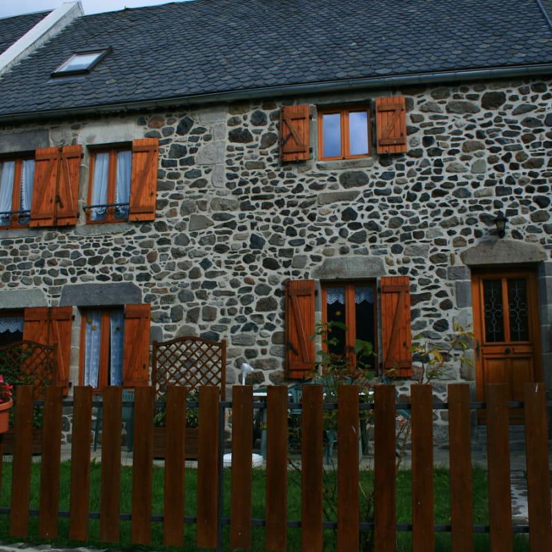 Gîte Les Hirondelles - 63G63211