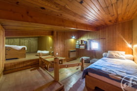 Appartement Le Lys Martagon -  Albiez Le Jeune - Proche station de Ski Albiez Montrond- chambre mansardée