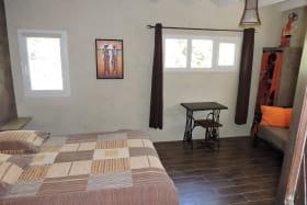 Chambres d'hôtes La Bergerie à Lussas - Chambre Dakar