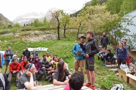 en terrasse à la Bérarde pendant le GP Alpi 2018