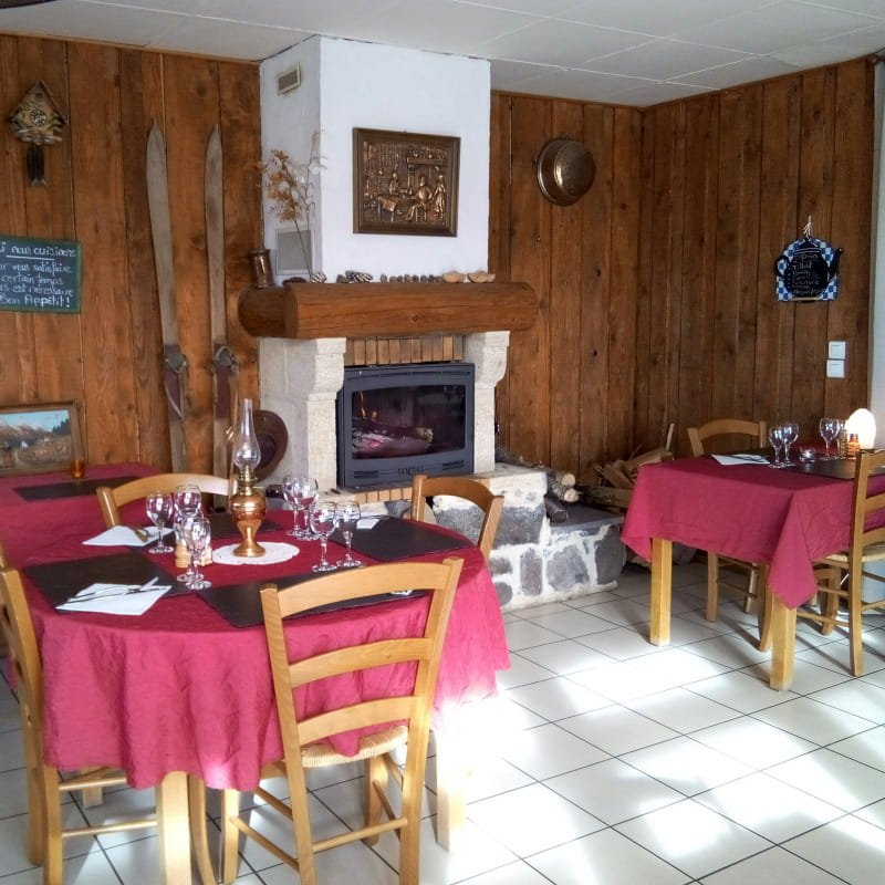 Restaurant La Chabana Nébouzat espace restauration