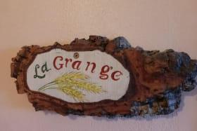 Gîte 'La Grange des Vignes Rouges' à Brindas (Rhône - Ouest Lyonnais) : bienvenus !