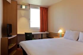 Ibis Lyon Est Bron - Chambre avec 1 lit double