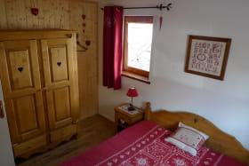 residence_albaron_boniface_monique_bessans_chambre05