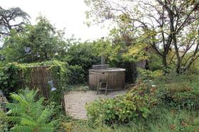 Gîte 'Le Chêne du Py' à Villié-Morgon (Rhône - Beaujolais vignobles - proximité de Belleville sur Saône) : le spa.