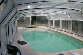 abri piscine sur roulette télescopique