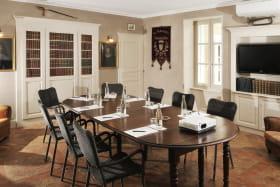 Salel de séminaire de 5 à 65 personnes  - Hôtel Le Clair de la Plume
