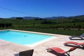 Gîte de Monternot à Charentay dans le Beaujolais - Rhône : la piscine.