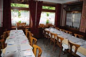 Hôtel La Cascade Orcival espace restauration