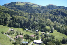 Hameau: LE VEUILLET: 1200m Le Sulens: 1839m