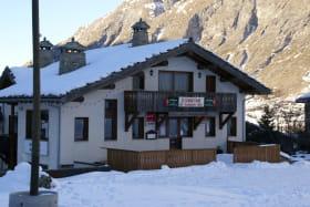 L'Hôtel SN Le Grand Fond de Bessans en hiver
