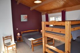 chambre 2 au 2éme étage
