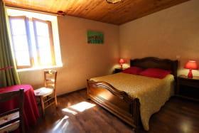 Les Chambres de l'Ouest à Longessaigne (Rhône - Monts du Lyonnais): la Chambre