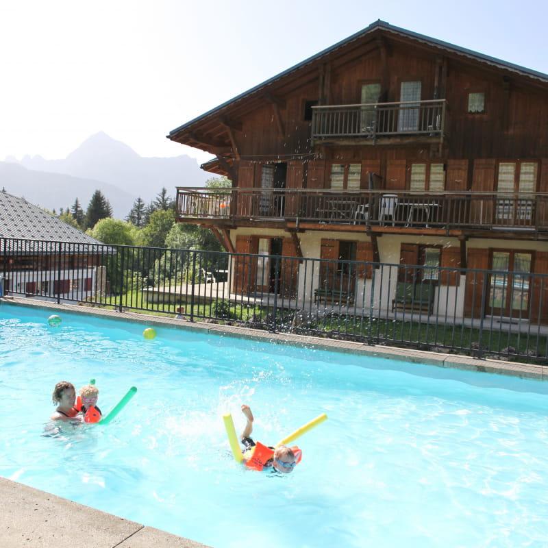 Chalet La Marmotte avec piscine chauffée