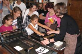 Toujurs bien accueillis à l'atelier de typographie