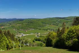 Vue depuis la piste de ski de la Chèvre aux Plans d'Hotonnes