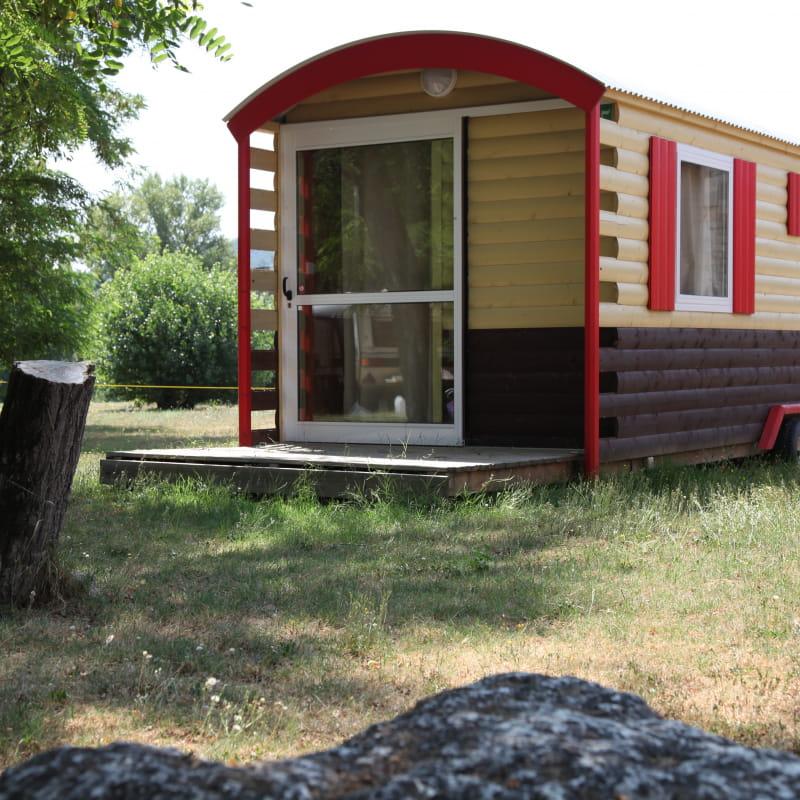 Roulottes au camping le Mas Sud Ardèche