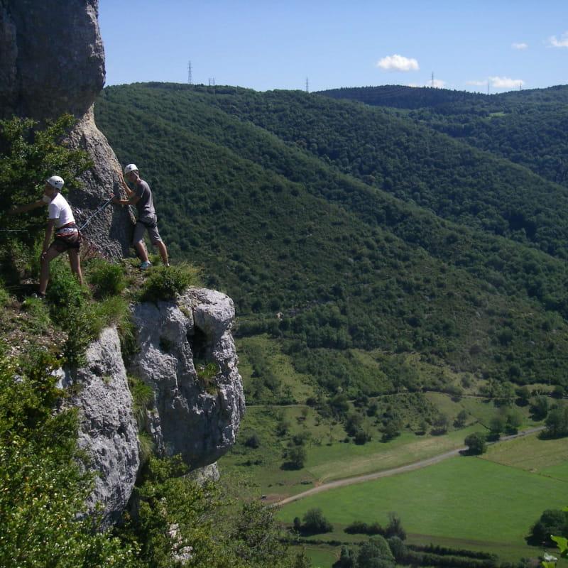 Sentier du vertige au bord de l'Ain avec Lézard des Bois