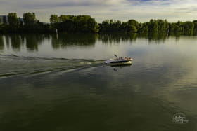 V50 Inzeboat
