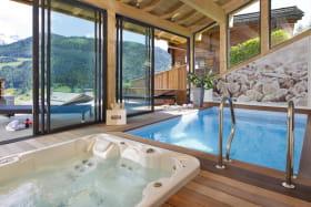 photo piscine et jacuzzi