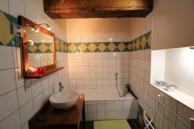 Chambres d'Hôtes Les Attignies à Grézieu la Varenne dans le Lyonnais - Rhône : Salle de bains de la Chambre