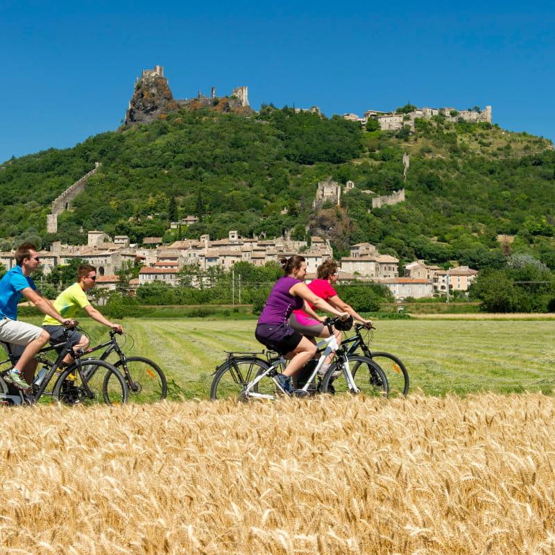 Vélo en famille autour de Rochemaure